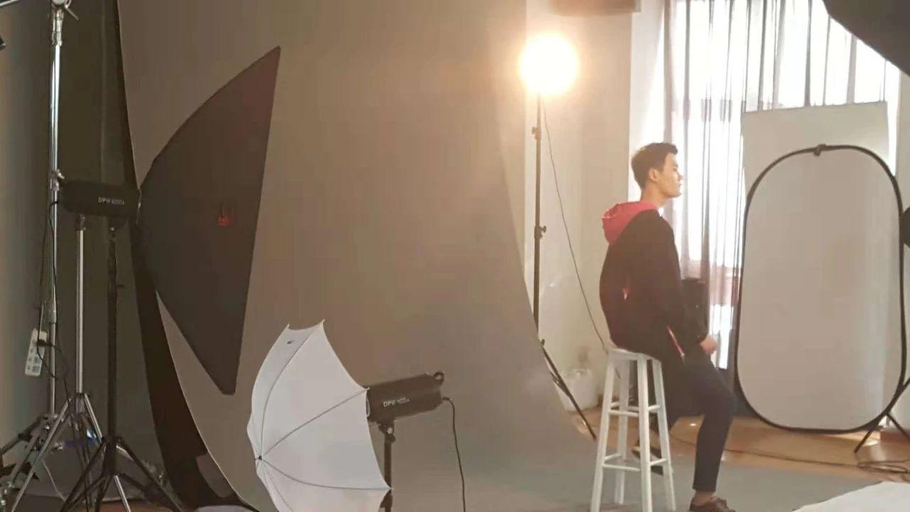 北京新时代模特学校摄影课室